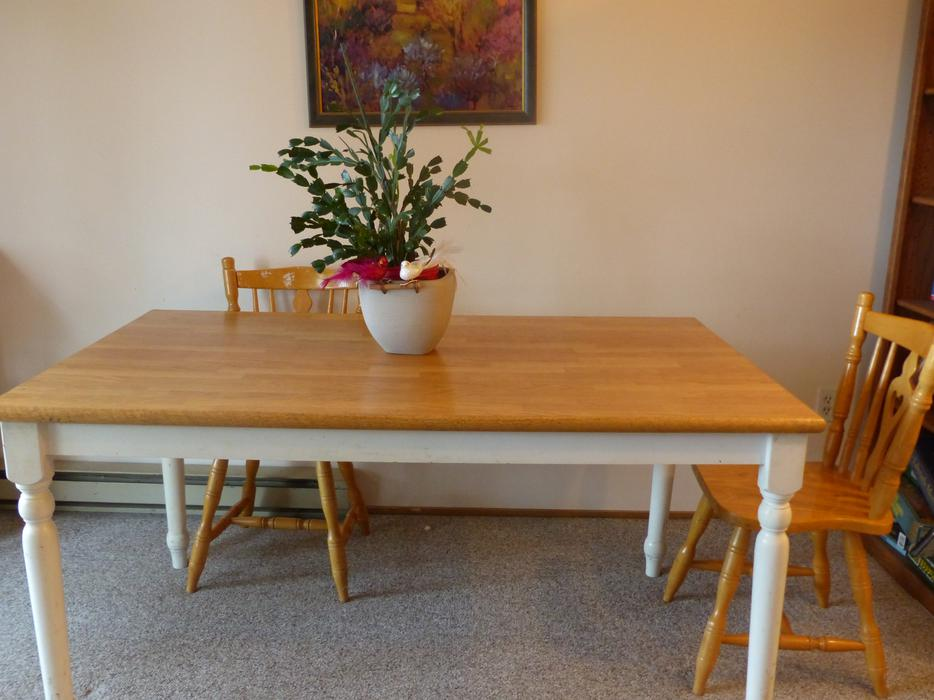 Kitchen Table Sold Only 3 Chairs Free 18