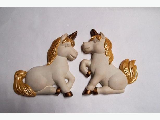 Vtg. Chalkware Unicorn Set Miller Studio