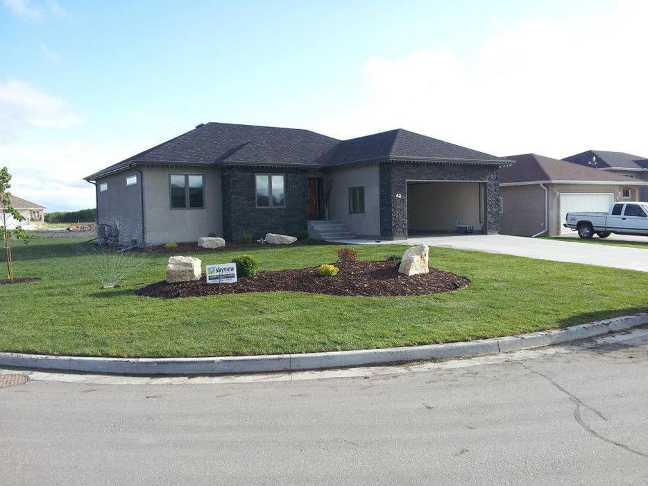 Custom Built Bungalow In Steinbach Outside Winnipeg Winnipeg