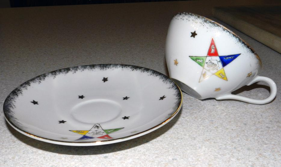 Vintage Luncheon Set Order Of The Eastern Star Lodge Goulbourn Ottawa
