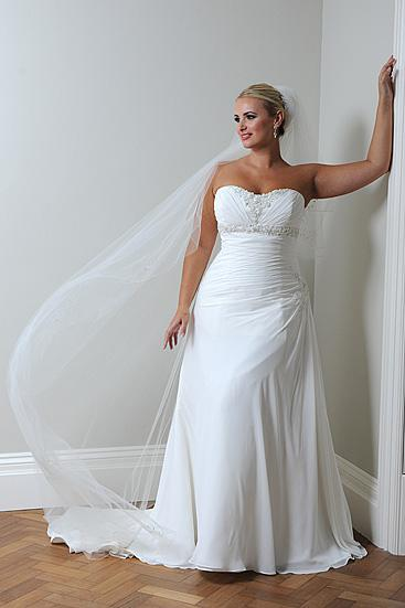 Size 18 22 wedding dress lace up perfect for a plus size for Used plus size wedding dress