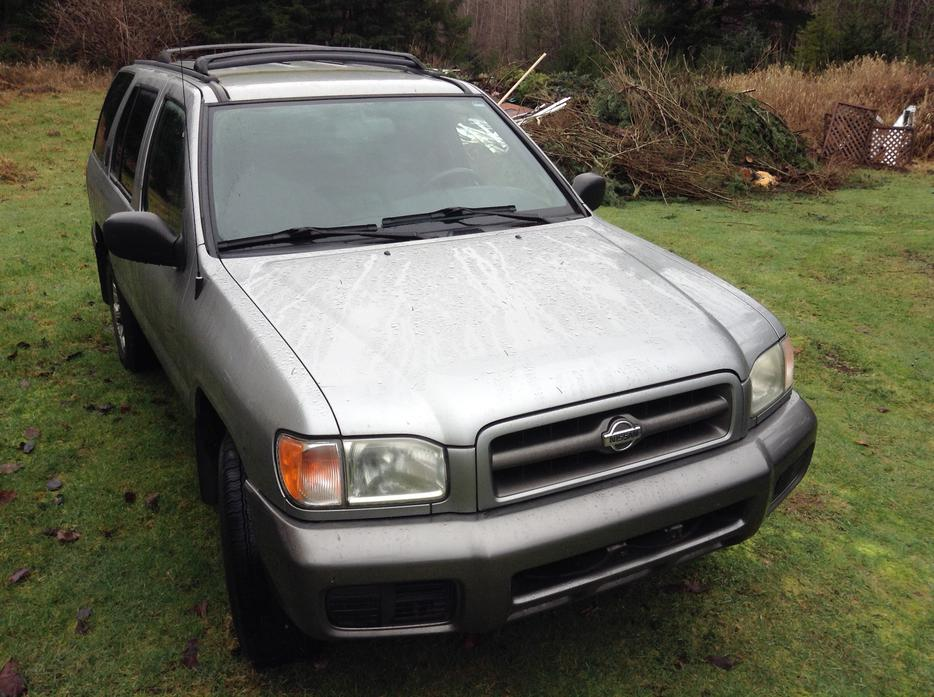 2000 Nissan Pathfinder Excellent Running Condition Black