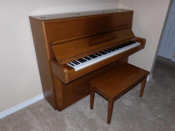 Yamaha upright piano excellent quality and condition for Yamaha upright piano cover