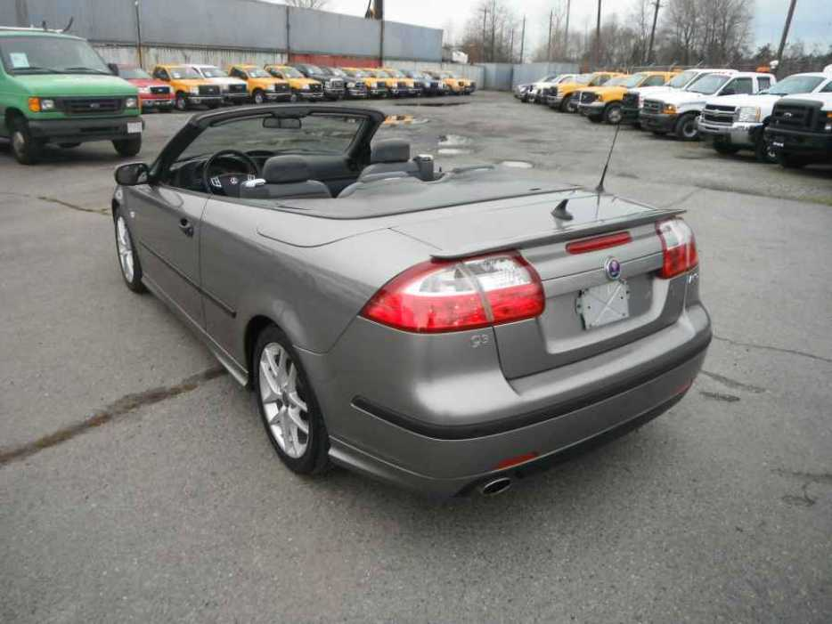 2004 saab 9 3 aero outside comox valley comox valley mobile. Black Bedroom Furniture Sets. Home Design Ideas