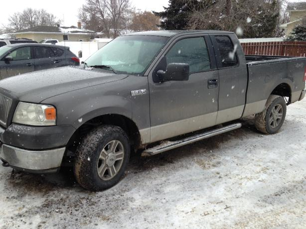 ford f150 4x4 5 4l 4 door truck 2005 south regina regina. Black Bedroom Furniture Sets. Home Design Ideas
