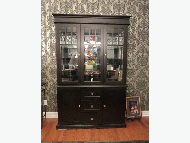 Solid wood dining set with buffet hutch orleans ottawa for Dining room hutch canada