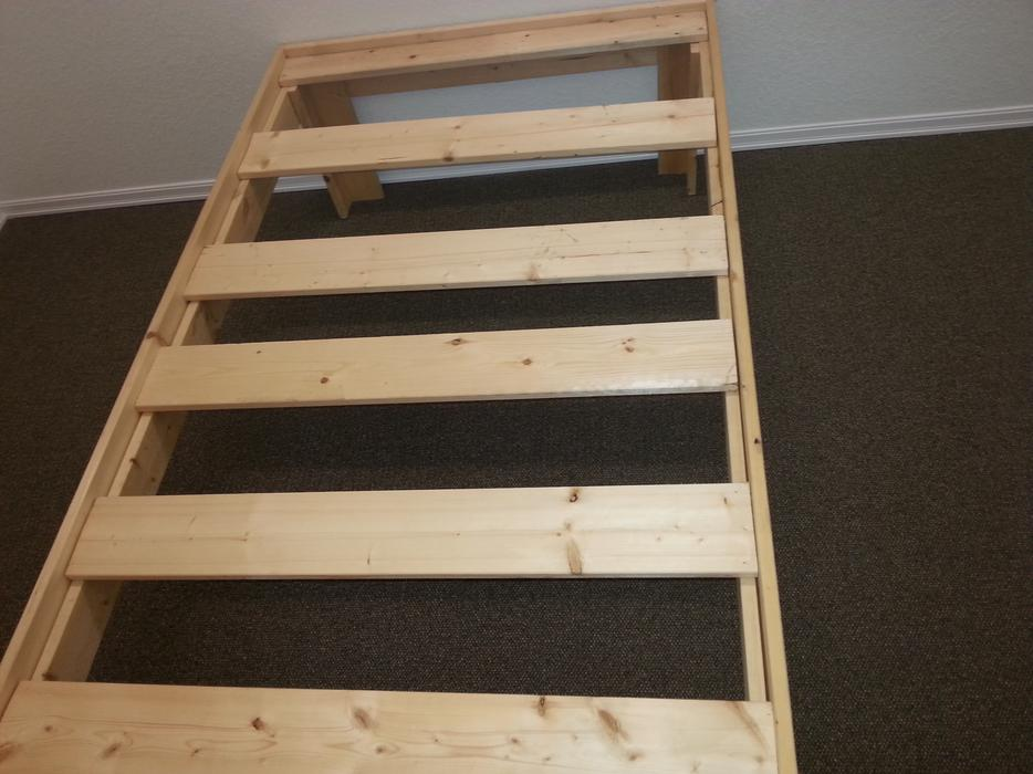 Very Nice Pine Bed Measures 72 Inches Long 39 Inches Wide