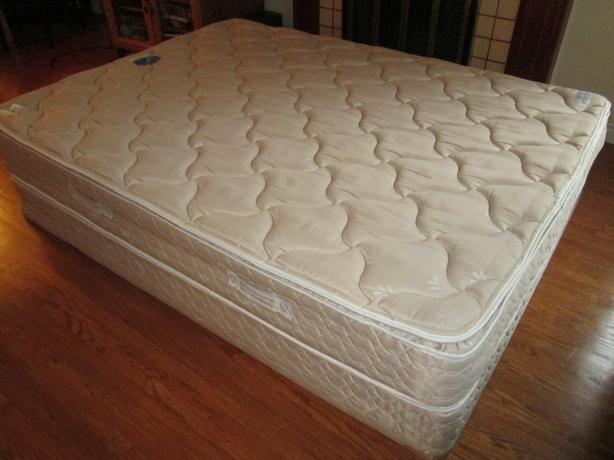 used queen mattress. HIGH END SERTA PILLOW TOP QUEEN BED Used Queen Mattress E
