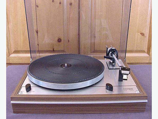 thorens td 165 turntable for sale malahat including shawnigan lake mill bay victoria. Black Bedroom Furniture Sets. Home Design Ideas