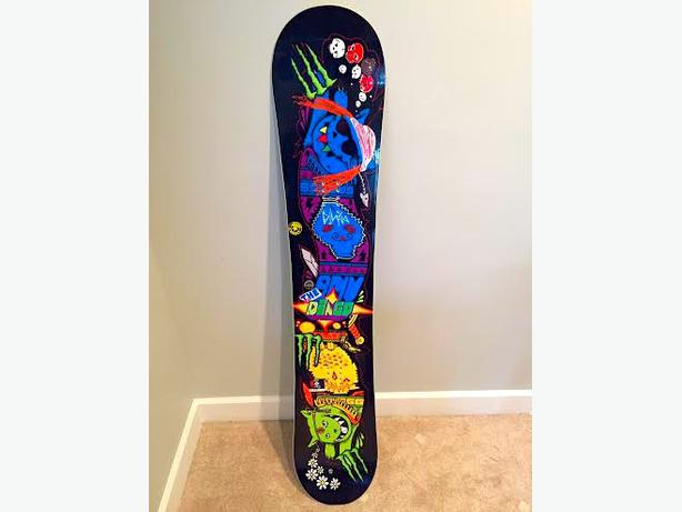 2013 Mervin Monster Snowboard for SALE Outside Sea-To-Sky ...