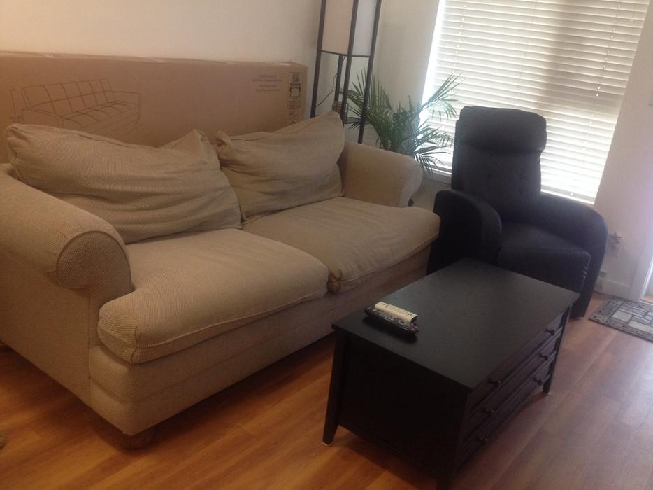 Lazy Boy Couch Pick Up Only Victoria City Victoria