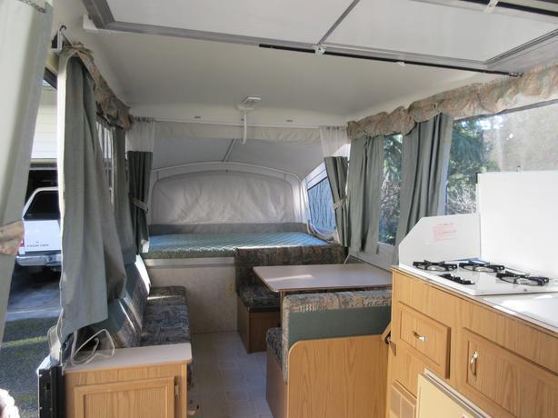 1999 Coleman Fleetwood Cheyenne Tent Trailer North Saanich