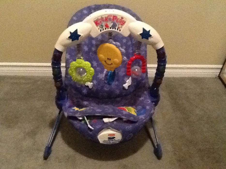 Fisher Price Kick and Play Bouncer West Shore: Langford,Colwood,Metchosin,Highlands, Victoria