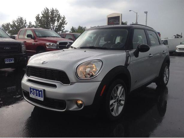 2011 MINI Cooper Countryman S-AWD--MANUAL