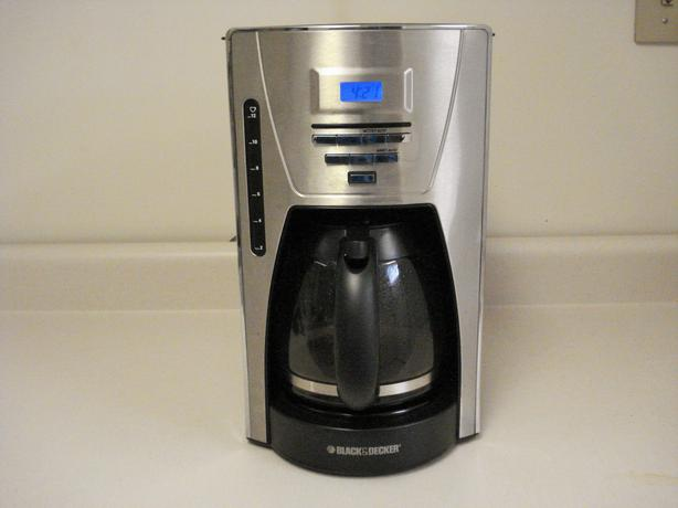 Red Coffee Maker Canadian Tire : Programmable Coffee Maker North East, Calgary