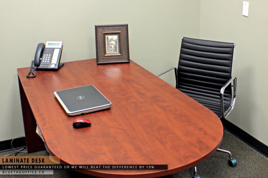 Laminate office desk on sale black creek courtenay comox for Q furniture abbotsford