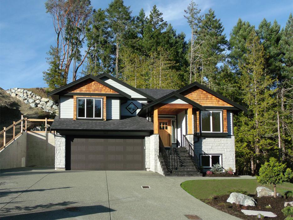 Open House Walk To The Beach 559 900 Malahat Including