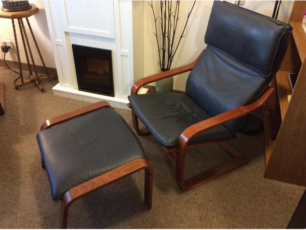 2 navy leather and birch ikea poang chairs and 2 for Ikea poang leather