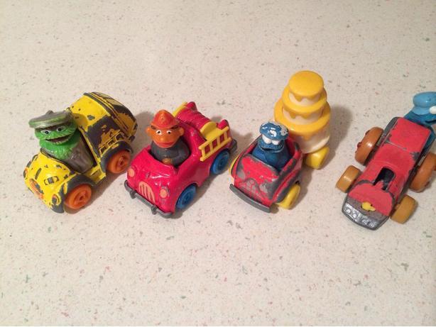 Vintage 1981/82 muppets cars