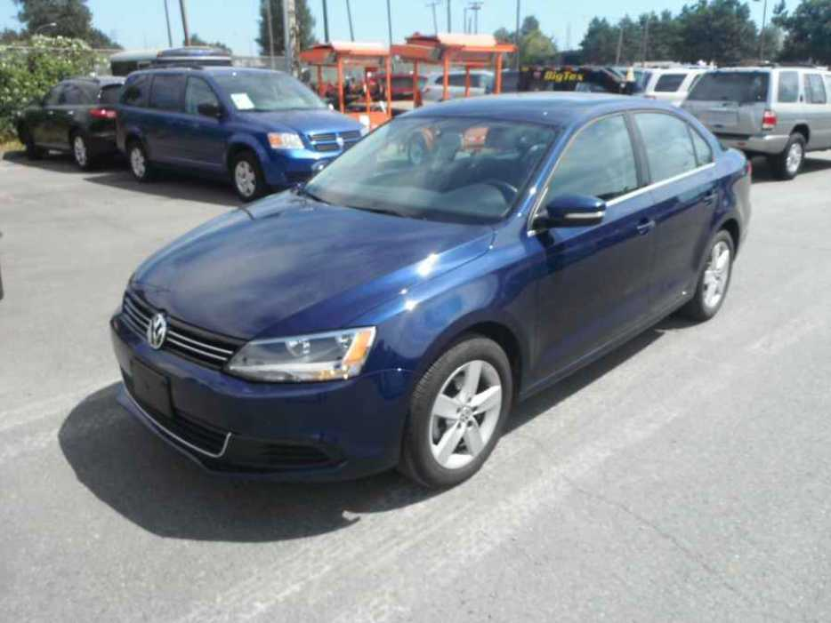 2014 volkswagen jetta tsi outside nanaimo nanaimo. Black Bedroom Furniture Sets. Home Design Ideas