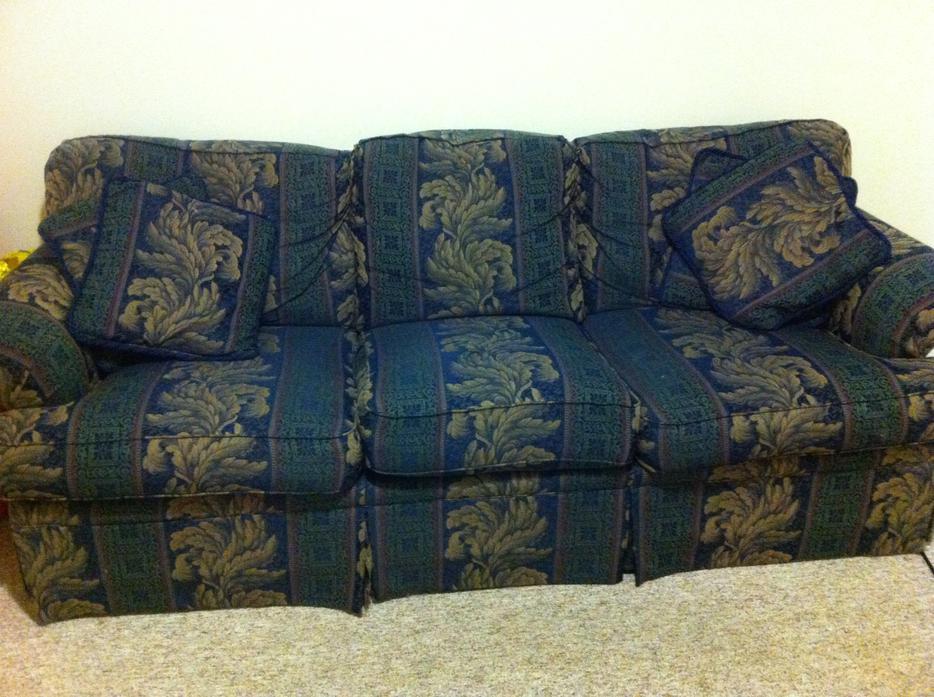 used sofa Victoria City Victoria : 45232969934 from usedvictoria.com size 934 x 697 jpeg 103kB