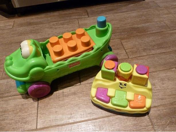 2 Fisher Price Surprise block toys
