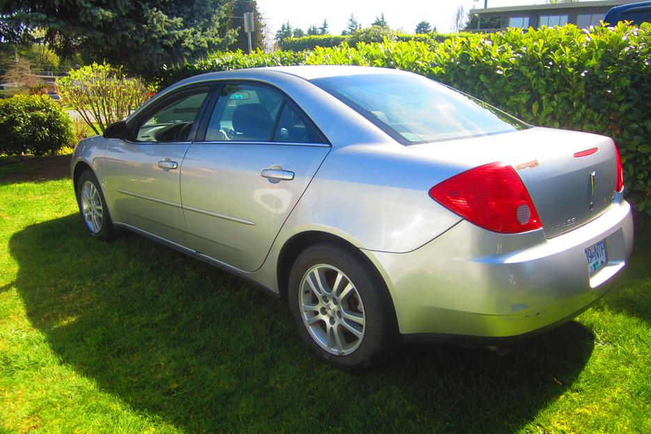 2005 pontiac g6 for sale central nanaimo parksville. Black Bedroom Furniture Sets. Home Design Ideas