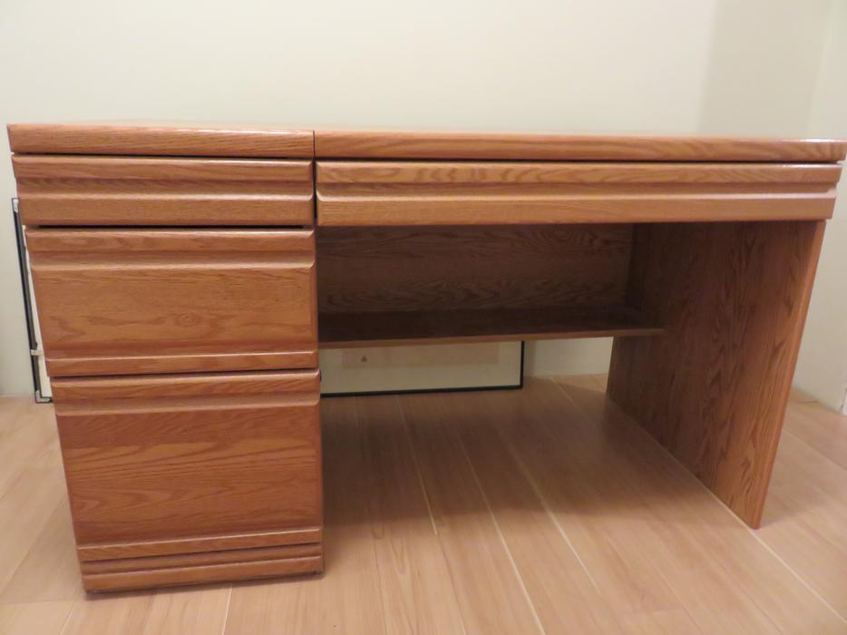 corner desk and book shelf unit orleans ottawa. Black Bedroom Furniture Sets. Home Design Ideas