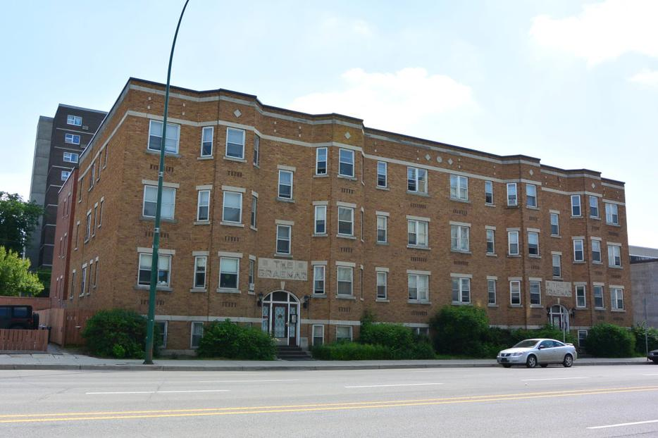 2 Bedroom Apartment Rental Near Cathedral Area 2231 Albert St Central Regina Regina Mobile