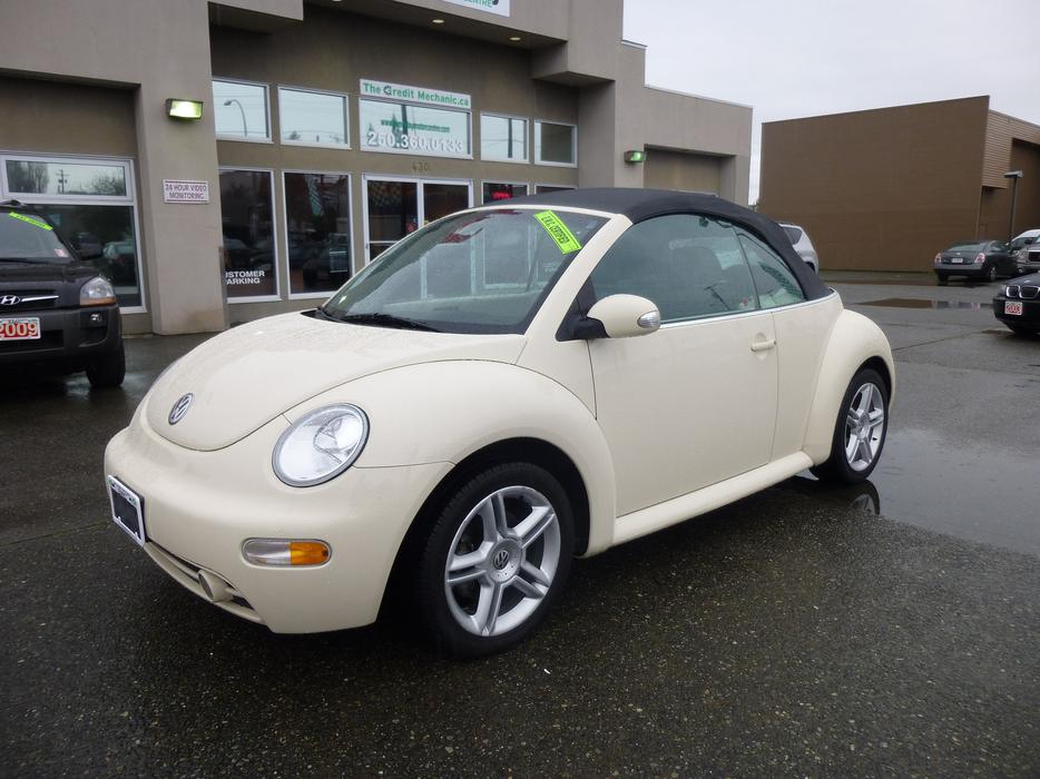 2004 volkswagen beetle convertible outside nanaimo parksville qualicum beach mobile. Black Bedroom Furniture Sets. Home Design Ideas