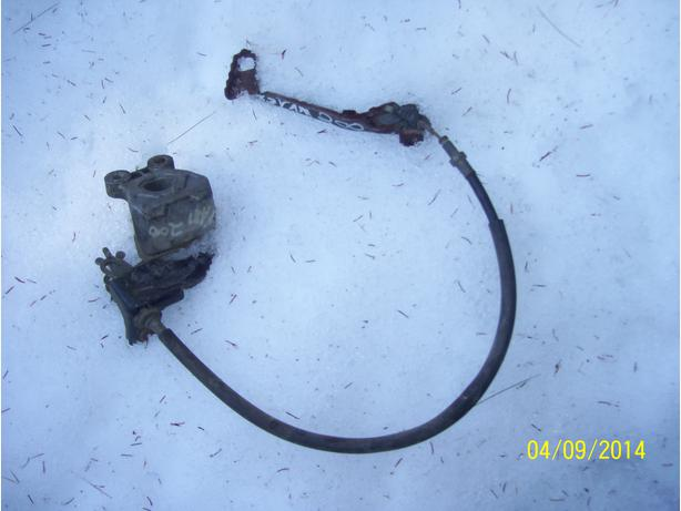 Yamaha 200 YFM200 brake assembly brake calipre brake line brake pedal