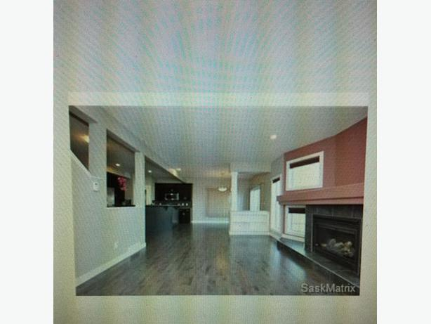 4bedroom3 Bath On Greens 2350 East Regina Regina