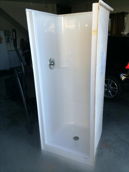 30x30 Shower Stall Outside Nanaimo, Parksville Qualicum Beach