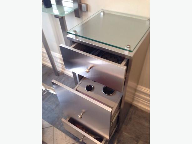 Hair styling station drawers central ottawa inside for Used salon stations
