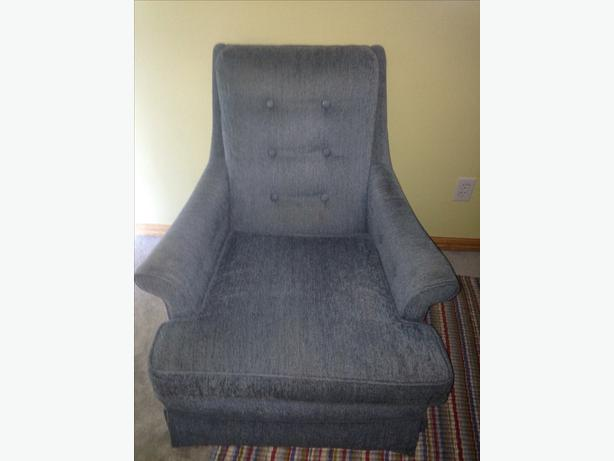 Comfortable Swivel Armchair North Saanich Sidney Victoria