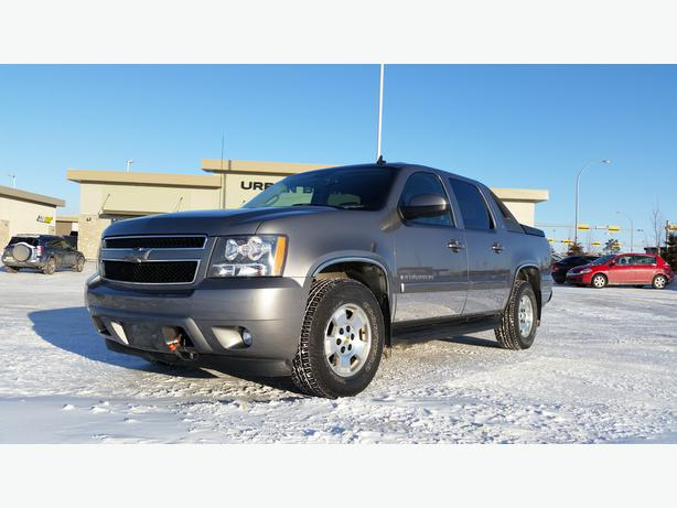 Chevrolet Avalanche For Sale Ottawa: 2007 Chevy Avalanche *Navigation-2 Sets Of Wheels-Well