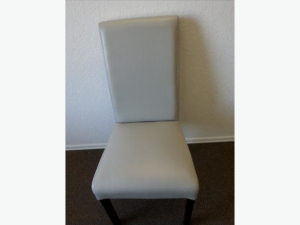 Like New Very Light Grey High Back Chair Great In Any Home
