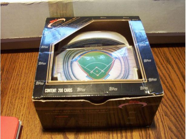 TOPPS STADIUM CLUB SPECIAL STADIUM SET BASEBALL CARDS 1991 (200 cards)