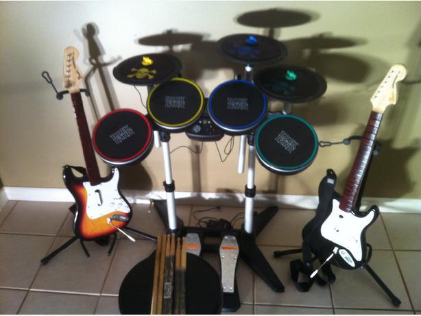 ultimate rockband guitar hero set up for xbox 360 central nanaimo parksville qualicum beach. Black Bedroom Furniture Sets. Home Design Ideas