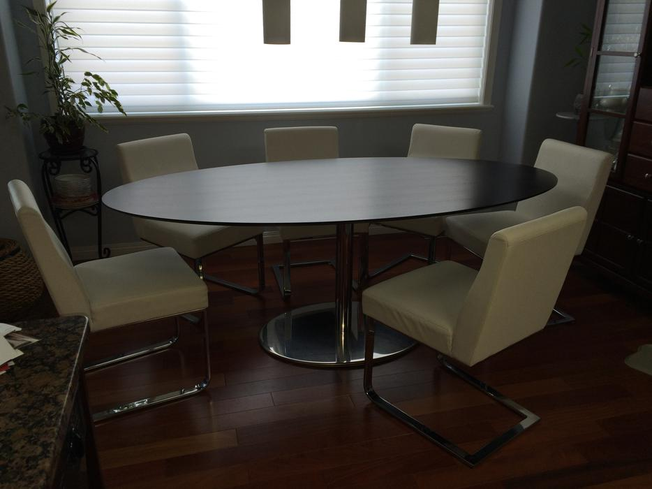 Dining room table 6 chairs parksville nanaimo for Dining room tables kelowna