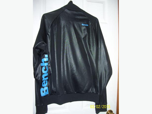Bench jacket- Women's large- like new