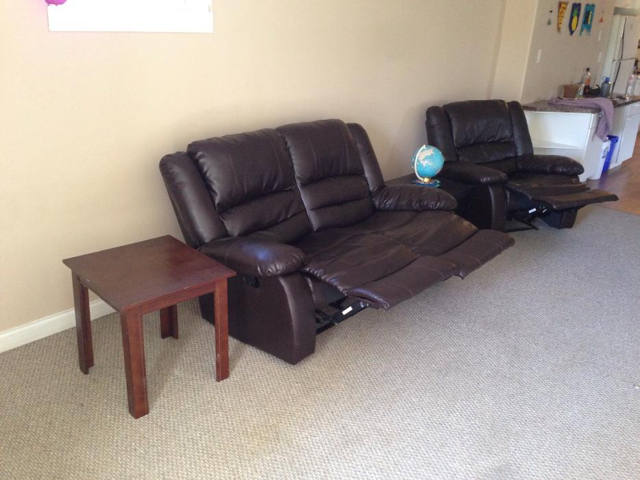 Nice furniture for sale parksville parksville qualicum beach for Nice sofas for sale