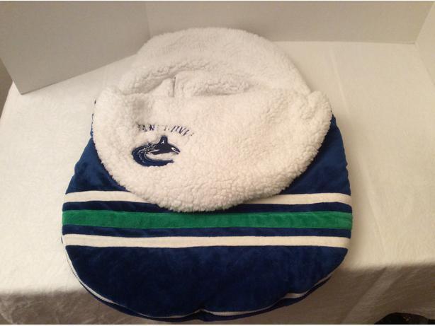 Vancouver Canucks Infant Bunting Bag