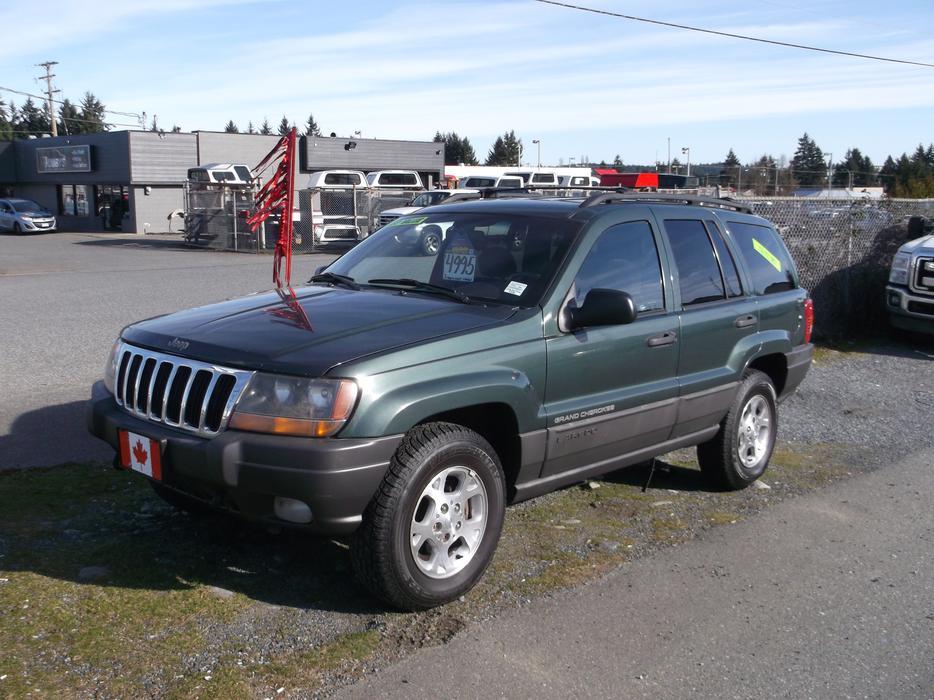 2000 Jeep Grand Cherokee Laredo 4x4 Suv Outside Victoria