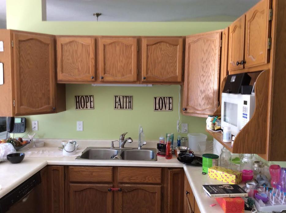 Kitchen cabinets north regina regina for Kitchen cabinets regina