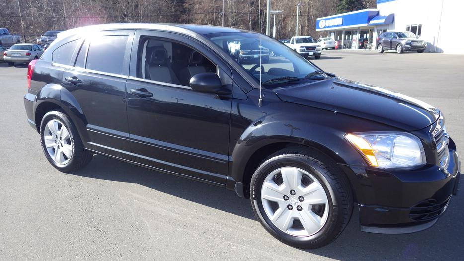 2009 dodge caliber sxt outside nanaimo nanaimo mobile. Black Bedroom Furniture Sets. Home Design Ideas