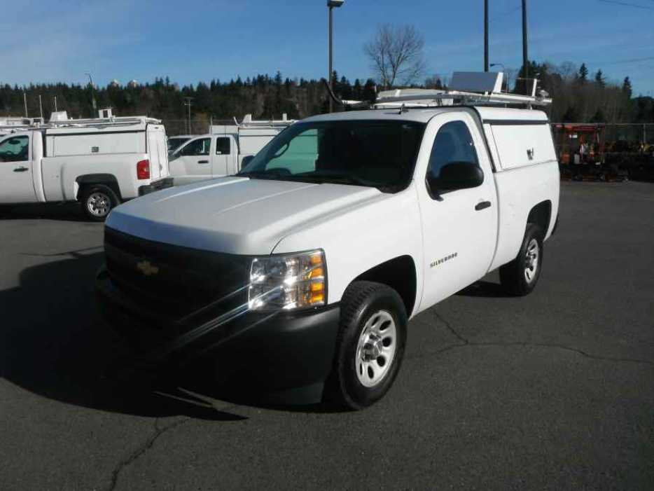 2010 chevrolet silverado regular cab 1500 short box with canopy and roofrac outside comox valley. Black Bedroom Furniture Sets. Home Design Ideas