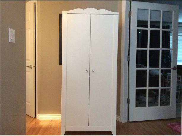 ikea hensvik wardrobe on hold saanich victoria. Black Bedroom Furniture Sets. Home Design Ideas