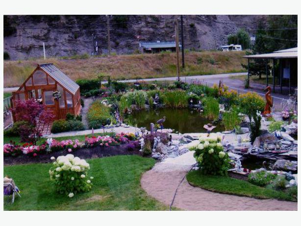 Home and yard renos and landscaping services qualicum for Home landscaping services