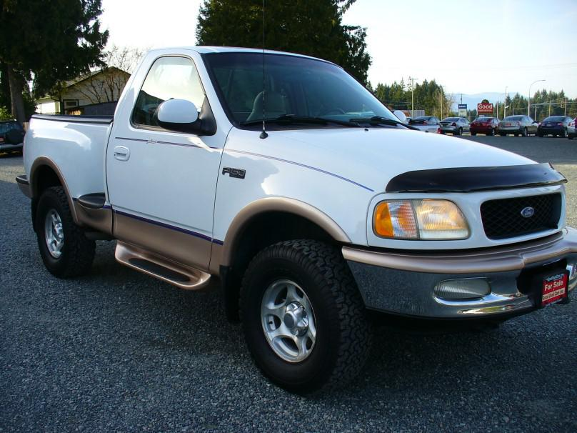 1997 ford f150 lariat 4x4 shortbox outside comox valley comox valley mobile. Black Bedroom Furniture Sets. Home Design Ideas